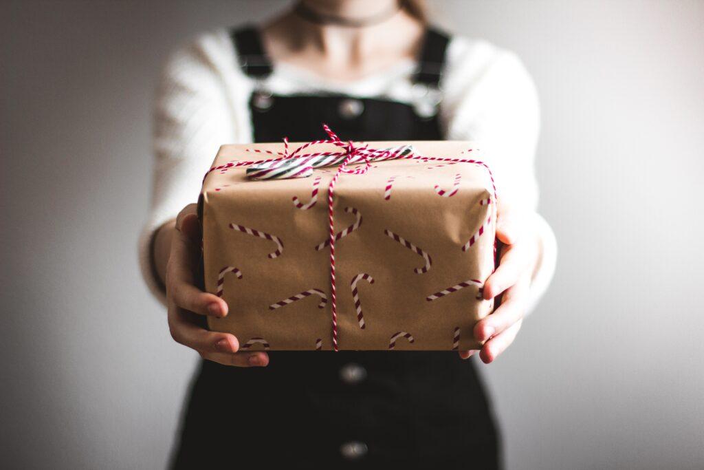 koop een zakelijk cadeau uit Cadeaus via pakketzenden.nl