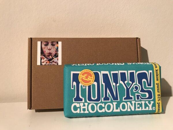 Tony-s-Chocolonely-Klassiekers-chocoladereep-180 gram-brievenbuspost-brievenbuscadeau-brievenbusgeschenk-pakketzenden.nl-chocolade