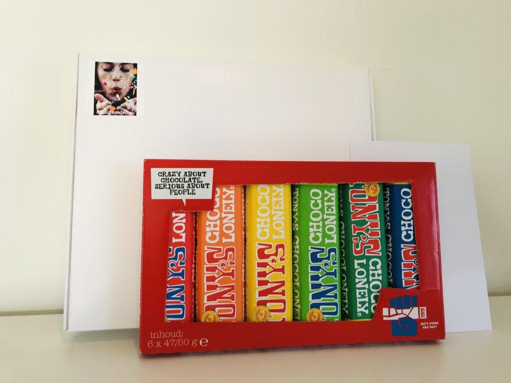 Tony-s-Chocolonely-proeverijtje-pakketzenden.nl-brievenbuscadeau-brievenbuspost-brievenbusgeschenk