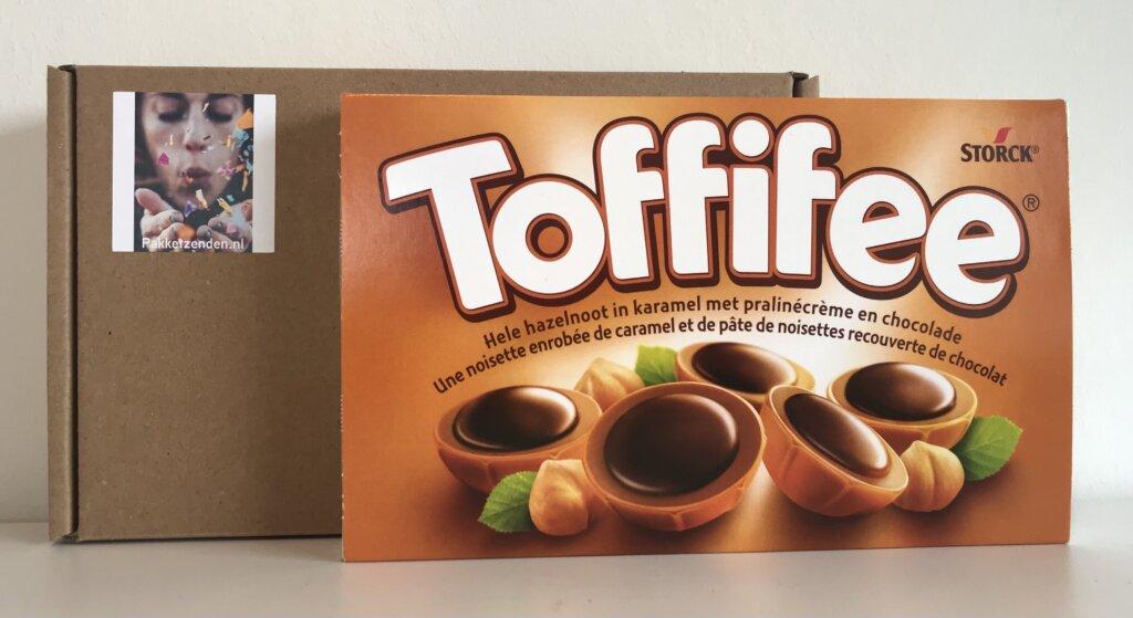 toffiffee-pakketzenden.nl-brievenbuscadeau-brievenbusgeschenk-thuiswerken-collega-verrassen-snoep-per-post-toffe-medewerkers-collega