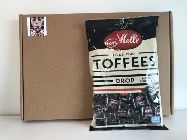 toffe-collega-pakket-drop-toffees-pakketzenden.nl-brievenbuscadeau-brievenbusgeschenk-online-bijeenkomst-online-workshop-snoep-per-post-thuiswerken