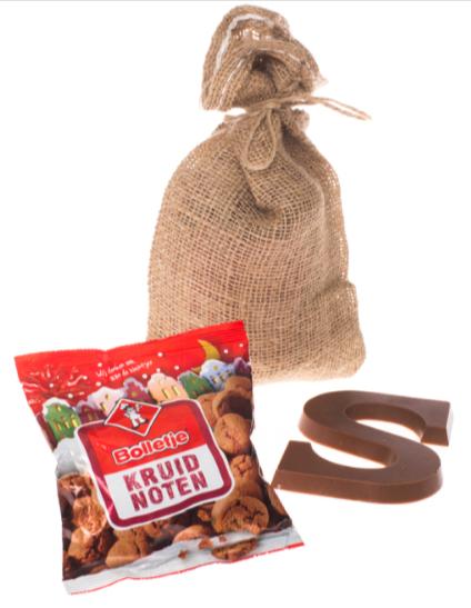 Uitdeelzakje-met-schoenletter-en-kruidnoten-pakketzenden.nl-sinterklaas